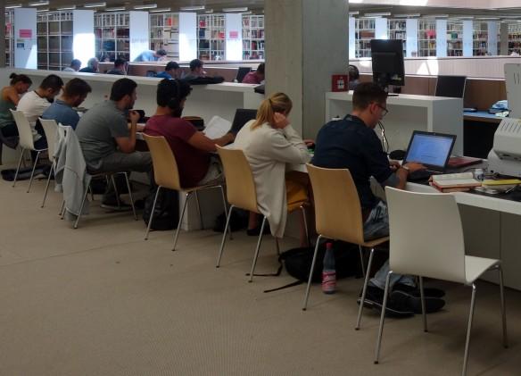 In der Universitäts- und Landesbibliothek Darmstadt