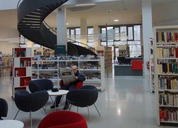 Auch die Stadt- u Landesbibliothek Potsdam ist wie fast alle Öffentlichen Bibliotheken in Deutschland sonntags geschlossen (Foto: Knoche)