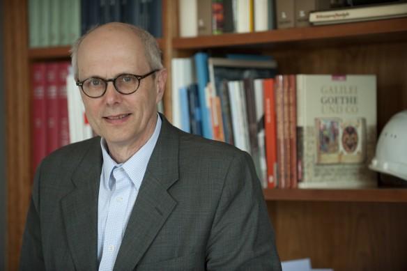 Michael Knoche im Büro. Foto Schuck © Klassik Stiftung Weimar (561 KB)